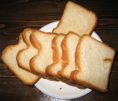自家製全粉パン